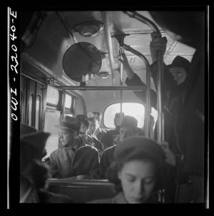bus_crowded